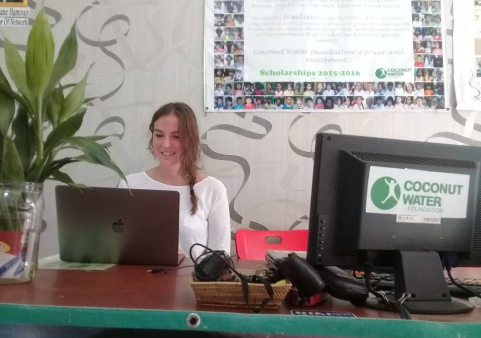 Entrevista a Marta López, voluntaria de Coconut Water Foundation de Camboya