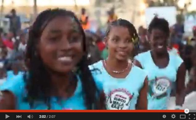 Batucada de la Bloco Malagasy durant l'Alahady Music Festival