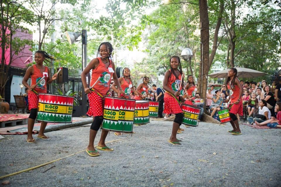 Près de 24 000 personnes vibrent au rythme des tambours de la Bloco Malagasy en Asie pour un tourisme responsable