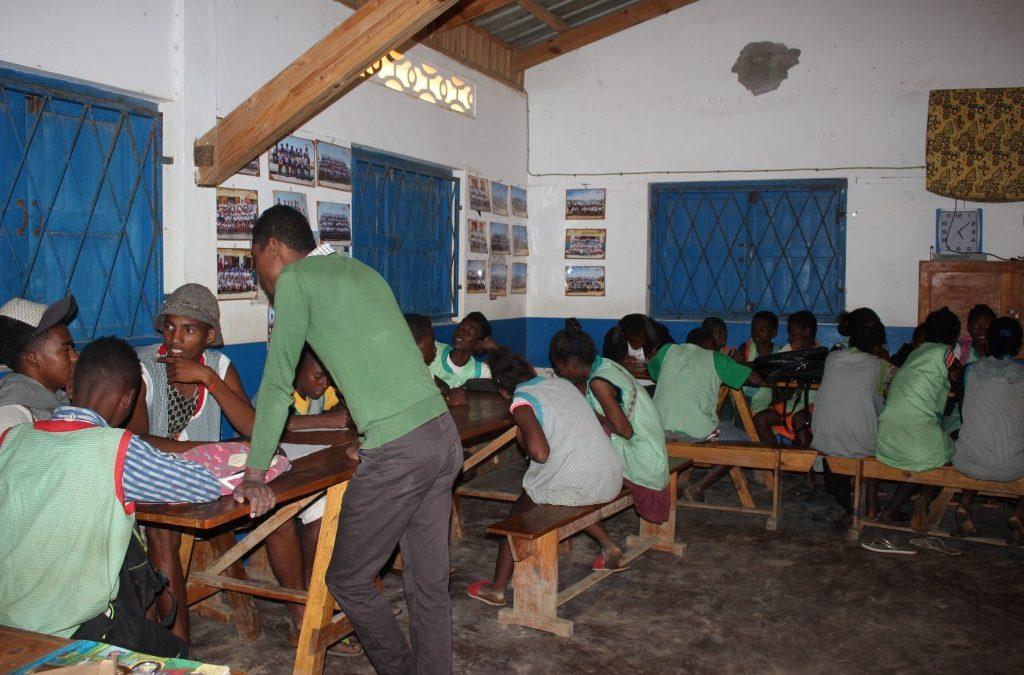 Taller de periodismo en la Escuela de las Salinas de Ankalika