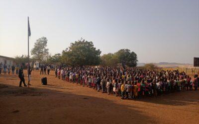 La Escuela de los Zafiros reabre con muchos más estudiantes