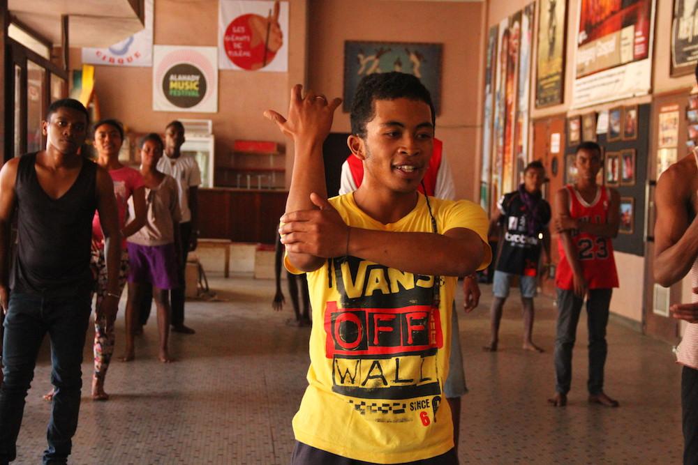 Ateliers de danses dans le cadre du festival Arondihy