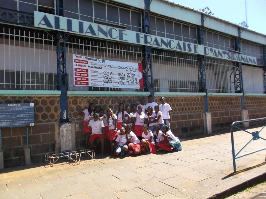 La Bloco Malagasy et les Géants de Tuléar participent à la 10émé édition du festival Zegny'Zo