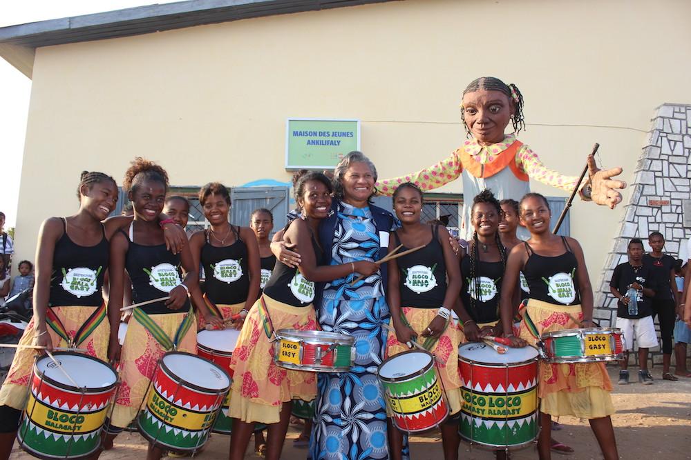 La Bloco Malagasy anime l'accueil de la Directrice régionale du bureau de l'Afrique Australe et de l'Est  du FNUAP