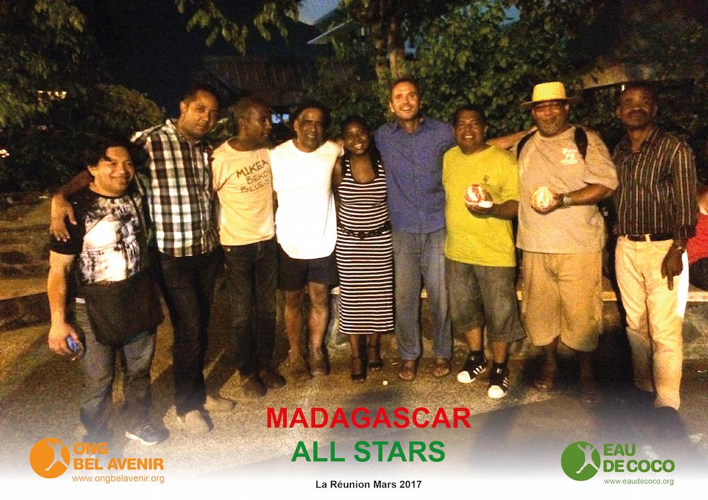 L'équipe de l'ONG Bel Avenir rencontre les Madagascar All Stars