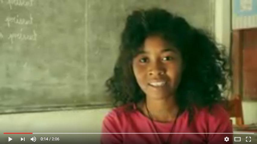 Jeanne, bénéficiaire des bourses scolaires, témoigne