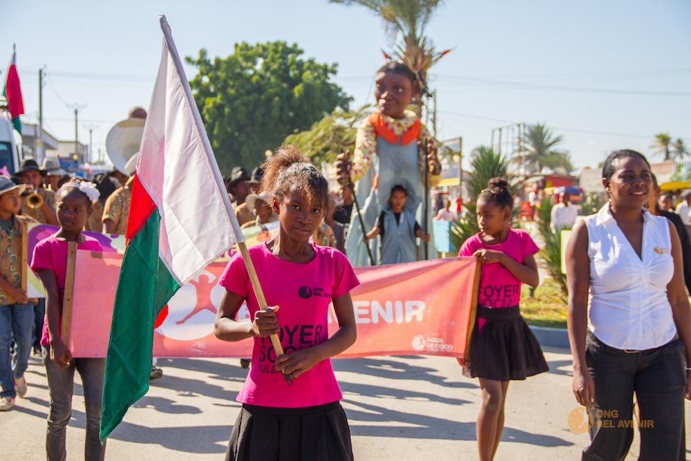 Grand défilé à l'occasion de la célébration de l'anniversaire de l'indépendance de Magadascar